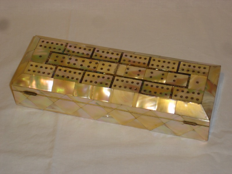 Fantastic Victorian Mother of Pearl Cribbage Box