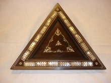 Victorian Large Triangular Rosewood & Mother Of Pearl Cribbage Board - VLT375