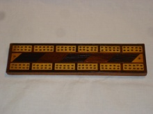 Small veneered cribbage board - SVC38