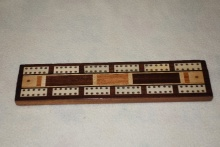 Edwardian Inlaid Cribbage Board On Bun Feet - ECBB